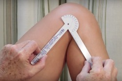 goniometer measuring knee range of motion